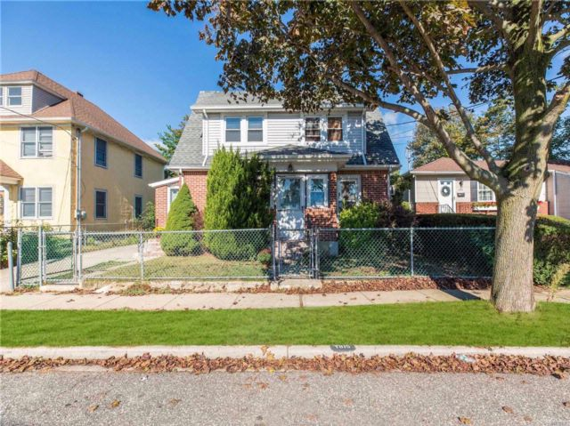 2 BR,  1.00 BTH  Colonial style home in East Meadow